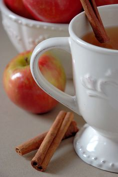 bettybroccoli:    Spiced Apple Cider (by Dianne Sherrill Images)