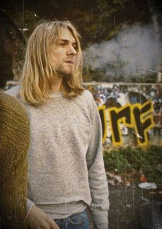 k - GuysWithLongHair Fashion Model Icon Kurt Cobain! K Fashion, Grunge Fashion, Dana Perino, Donald Cobain, Nirvana Kurt Cobain, Smells Like Teen Spirit, Band Photography, Photo Portrait, Foo Fighters