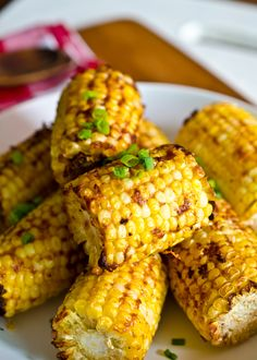 Smokey Parmesan Corn on the Cob   http://www.theendlessmeal.com/smoky-parmesan-corn-on-the-cob/