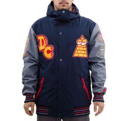 Veste de Snowboard #DCShoes DCLA collab Kevin Lyons, la School Jacket revue et corrigée par DC et l'artiste New-Yorkais dispo en quantité limitée !