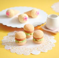 Loving Creations for You: Burger and Ice Cream Chiffon Cake Pops