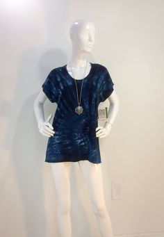Size L  blue tie dye top with scoop and cap sleeves in bamboo blend fabric. by qualicumclothworks on Etsy