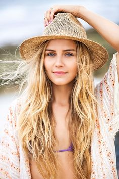surfer-hairstyle
