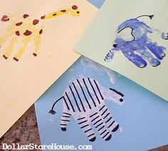 Hand Print Animal Art {DollarStoreHouse.com} #crafts #kids