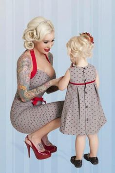 Must learn to sew so I can make mother daughter pin up style clothing. Mine doesn't even have to be a sexy one. It can be both swing dresses. Mother Daughter Matching Outfits, Mommy And Me Outfits, Mom Daughter, Mother Daughter Fashion, Mother Daughters, Mothers, Mode Rockabilly, Rockabilly Fashion, Rockabilly Baby Girl