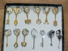 Cosplay Fairy Tail Keys by ImeaHatake on DeviantArt Fairy Tail Keys, Fairy Tail Lucy, Fairy Tail Guild, Supernatural Merchandise, Anime Merchandise, Cosplay Anime, Best Cosplay, Hakkenden, Fairy Tail Cosplay