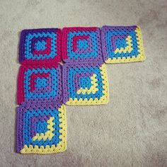 by DD Hines: Good and Evil Granny Crochet Block Pattern by Danielle Day Hines. or depending on yarn weight. Grannies Crochet, Crochet Quilt, Crochet Blocks, Crochet Squares, Crochet Motif, Crochet Yarn, Free Crochet, Crochet Patterns, Crochet Flowers