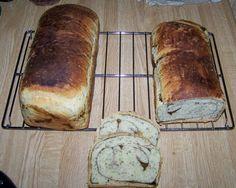 Anise seed and balsamic vinegar swirl bread. Awesome !! -- Pan arroyado de semillas de anis y vinagre balsamico. Fantastico !!