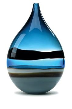 Blue Monday: Caleb Siemon Using glass vases colour and shape to mimic the clothes shapes and design. Art Of Glass, Blown Glass Art, Glass Artwork, Verre Design, Glass Design, Glass Bottles, Glass Vase, Perfume Bottles, Cut Glass