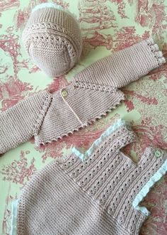 for a baby Baby Knitting Patterns, Knitting For Kids, Crochet For Kids, Crochet Baby Jacket, Crochet Baby Clothes, Crochet Baby Hats, Baby Girl Cardigans, Baby Cardigan, Baby Sweaters