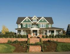 Farmhouse Plan: 5,180 Square Feet, 4 Bedrooms, 4 Bathrooms - 2559-00576