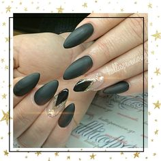 #nails #nailart #matte #black #beauttymakesyouhappy