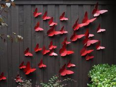 10 whimsical ways to dress up the fence in your yard! | SF Globe