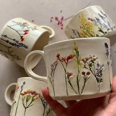 Latest Screen Clay Pottery mugs Ideas mentions J'aime, 87 commentaires – Hessa Al Ajmani mentions J'aime, 87 commentai Ceramic Cups, Ceramic Pottery, Ceramic Art, Ceramics Pottery Mugs, Painted Pottery, Slab Pottery, Pottery Vase, Vintage Ceramic, Cerámica Ideas