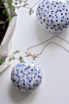 Vlaštovkový náhrdelník