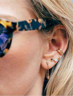 Des piercings d'oreilles différents