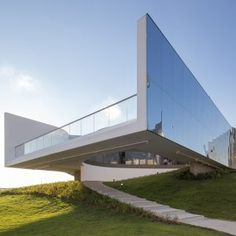 M++museum+opens+first+gallery+in+West+Kowloon+Cultural+District