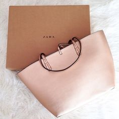 25 Best Accessories   Purses   Scarves images in 2019   Beige tote ... e005d18751