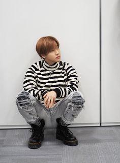 Funny Fights, Kim Jinhwan, Koo Jun Hoe, Ikon Debut, Kpop Aesthetic, Yg Entertainment, Mix Match, Taekook, Boy Groups