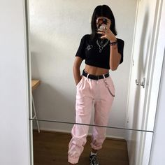 Korean Fashion – How to Dress up Korean Style – Designer Fashion Tips Tumblr Outfits, Edgy Outfits, Club Outfits, Mode Outfits, Grunge Outfits, 90s Grunge, 90s Fashion, Korean Fashion, Fashion Outfits