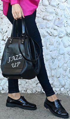 "New in our shop! Black Leather Handbag / Genuine Leather Travel Bag / Large Tote Bag / ""Jazz up"" Handbag / Weeke...  https://www.etsy.com/listing/496016884/black-leather-handbag-genuine-leather?utm_campaign=crowdfire&utm_content=crowdfire&utm_medium=social&utm_source=pinterest"