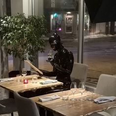 Latex and Kinky Emo Girls, Girls Night, Before I Forget, Latex Costumes, Goth Makeup, Grunge Goth, Clean Eating Diet, Latex Catsuit, Zodiac Capricorn