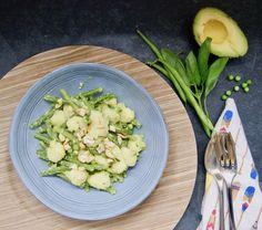 Gnocchi aux haricots et crème d'avocats Menu, Gnocchi, Celery, Asparagus, Creme, Vegan, Vegetables, Food, Green Bean