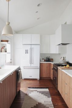 3 Positive Clever Tips: Kitchen Remodel 2018 narrow galley kitchen remodel.Kitchen Remodel Layout Joanna Gaines simple kitchen remodel home.U Shaped Kitchen Remodel Range Hoods. Kitchen Interior, New Kitchen, Kitchen Dining, Awesome Kitchen, Country Kitchen, Kitchen Ideas, Condo Kitchen, Stylish Kitchen, Cheap Kitchen