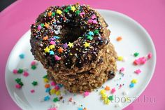 Healthy Oat Donuts with Chocolate Icing Other Recipes, Great Recipes, Vegan Recipes, Dessert Parfait, Healthy Donuts, Cocoa Cinnamon, Homemade Donuts, Chocolate Icing, Vegan Cake