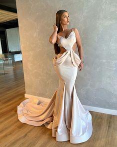White Evening Gowns, Evening Dresses, Formal Dresses, Mocha Dress, Debut Dresses, Champagne Dress, Luxury Wedding Dress, Prom Looks, Bridesmaid Dresses
