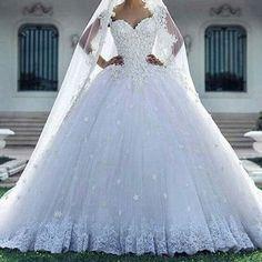 İletişim için gelinlikche@hotmail.com yada  0 (532) 219 67 06 Buradan fiyat bilgisi vermiyoruz iletişim bilgilerimizden ulaşabilirsiniz �� Not: Görsel alıntıdır. Birebir dikimi yapılmaktadır. #gelin #bridal #wedding #düğün #damat #Instag_app #fashion #style #stylish #love #me #cute #nails #hair #beauty #beautiful #instagood #pretty #pink #girls #eyes #design #model #press #shoes #styles #purse #jewlery #shopping #wedding #bridal #bridaldress…