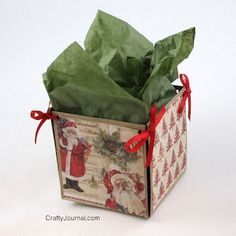 Super easy DIY Small Gift Box is super cute! Tutorial by Crafty Journal. Super easy DIY Small Gift Box is super cute! Tutorial by Crafty Journal. Christmas Card Crafts, Old Christmas, Christmas Projects, Holiday Crafts, Recycled Christmas Cards, Christmas Gift Boxes, Christmas Clipart, Christmas Deco, Christmas Printables