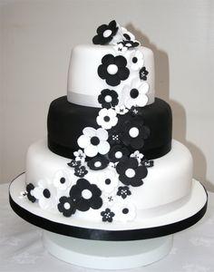 Tavolo Torta Bianco E Nero.16 Fantastiche Immagini Su Compleanno Bianco Nero Nero