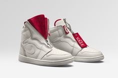 the best attitude 9dc54 697cd Jordan Brand unveiled the Vogue x Nike Air Jordan 1 Zip High AWOK, which  has received the seal of approval from Anna Wintour.