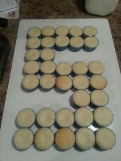 No more adding icing to the bottom of cupcakes! Use a numeric cupcake insert, to alleviate extra work. Number 5 Cake, Number Birthday Cakes, 5th Birthday Cake, Birthday Parties, Birthday Ideas, Pull Apart Cupcake Cake, Pull Apart Cake, Fun Cupcakes, Cupcake Cakes