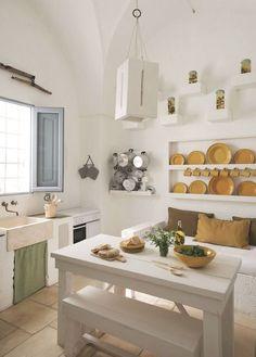 my scandinavian home: A dreamy home in Puglia Rustic Kitchen, Country Kitchen, Open Kitchen, Kitchen Island, Kitchen Interior, Kitchen Design, Sweet Home, Rustic Italian, Mediterranean Home Decor