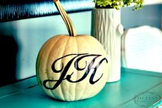 Monogramed Pumpkin ... How To!