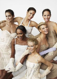 "Naomi Campbell, Stephanie Seymour, Cindy Crawford, Linda Evangelista, Claudia Schiffer and Christy Turlington - ""The Return of Supermodels"" by Mario Testino, 2008"