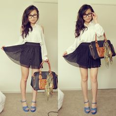 2558378_clipboard16-horz.jpg (951×951) navy blue skirt white blouse top blue polka dot heels