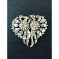 Vintage 1930s Clear Diamanté Duette Clip Two Dress Clips or Brooch ($82) ❤ liked on Polyvore featuring jewelry, brooches, clear crystal jewelry, vintage jewelry, vintage jewellery, vintage brooches and clear jewelry