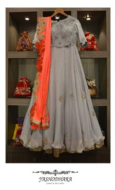 Looking for blue and grey floor length gown with peep hole cutout front? Browse of latest bridal photos, lehenga & jewelry designs, decor ideas, etc. on WedMeGood Gallery. Anarkali Dress, Pakistani Dresses, Indian Dresses, Indian Outfits, Lehenga Saree, Sarees, Mode Bollywood, Mehendi Outfits, Indian Bridal Wear