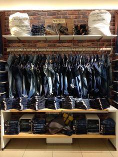 Ac Jeans...Merchandising
