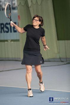 """Bilder vom """"1. Mixed-Doppel Tennisturnier"""", eine Benefizveranstaltung des SI-Club Graz Rubin iG (Soroptimist International) bei Allround-Tennis Graz.  SI ist eine weltweite Organisation, die sich für Mädchen und Frauen sowie deren Belange einsetzt.  #Bilder #1. #Mixed-#Doppel #Tennisturnier #Benefizveranstaltung #SI-Club #Graz #Rubin #iG #Soroptimist #International #Allround-Tennis #Erlös #Turnier #Dotierung #zukünftige #Sozialprojekte #weltweite #Organisation #Mädchen #Frauen"""