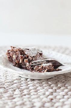 ... chocOlate pine nut cake ...