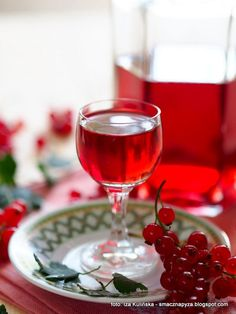 Alcoholic Drinks, Wine, Glass, Food, Drinkware, Corning Glass, Alcoholic Beverages, Meals, Liquor