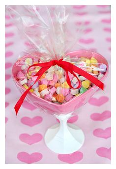 Valentine Candy Dishes. Make great decorations and gifts for Valentine's Day!