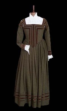 German bourgeoisie dress         made of wool and cotton. Around the middle of the 16th century.