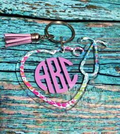 This adorable 3 inch key chain with tassel is prefect to jazz up any bag, keys, and much more! Made with high quality vinyl that can last over 6 years! *We are not affiliated with Lilly * Stethoscope Accessories, Nursing Accessories, Monogram Keychain, Monogram Shirts, Monogram Decal, Medical Students, Nursing Students, Nursing Schools, Nurse Stethoscope