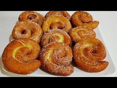 Beignets, Quick Bread, How To Make Bread, Bollas Recipe, 2 Ingredient Biscuits, Breakfast Recipes, Dessert Recipes, Small Cake, Bread Baking