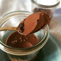 Sinful chocolate mousse - only 3 ingredients Köstliche Desserts, Delicious Desserts, Dessert Recipes, Lchf, Danish Food, Diabetic Desserts, Sweet Tarts, Cake Decorating Tips, Recipes From Heaven